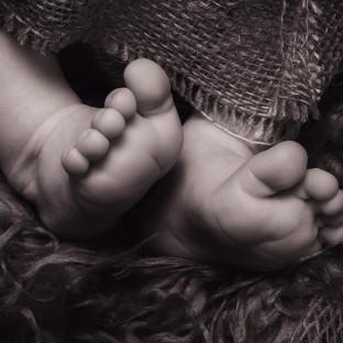 Babyfoto von Babyfüssen