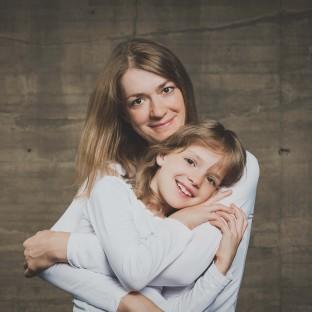 Foto von Mutter mit Tochter - Ähnlichkeitsfoto
