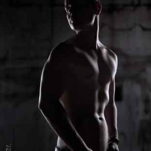 Aktfoto von Mann im Fotostudio Pinneberg