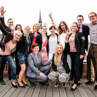 Gruppenfoto von Firmenfeier