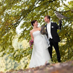Hochzeitspaar mit Adler