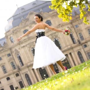 Brautfoto vor Schloß