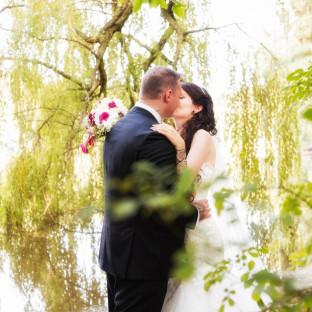 Küssendes Brautpaar Elmshorn