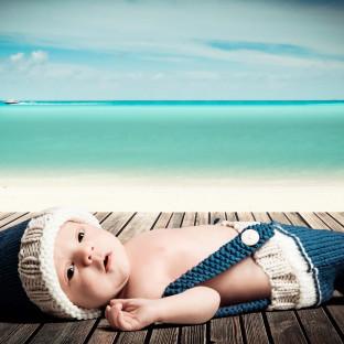 Baby am Strand / Babyfoto