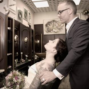 Hochzeitsfoto im Friseursalon