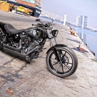 Harley Davidson Softail Breakout Custom - Motorradfotograf Hamburg