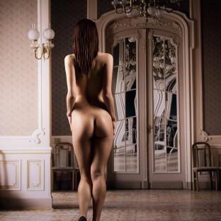 Aktfoto im barocken Stil