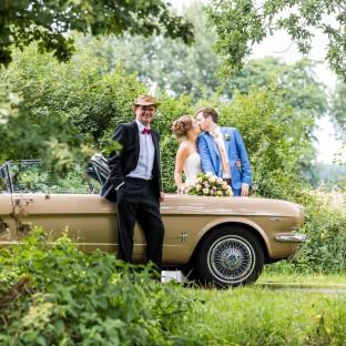 Hochzeitswagen mit Chauffeur