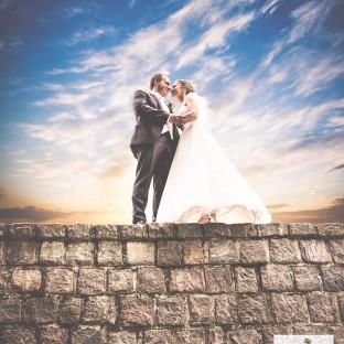 Brautpaar im Sonnenuntergang, Hochzeitsfotograf Hamburg