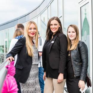 Business-Event auf einem Dach in Hamburg