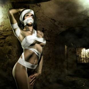 Aktfoto vom Hamburger Fotografen - Aufwendiges Aktfoto im Gothik-Stil