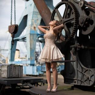 Beautyfoto/Beautyshooting Hamburger Hafen mit Model