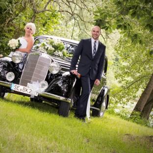 Hochzeitsshooting mit Oldtimer in Tangstedt