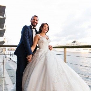 Brautpaar an der Elbe / formidable Events