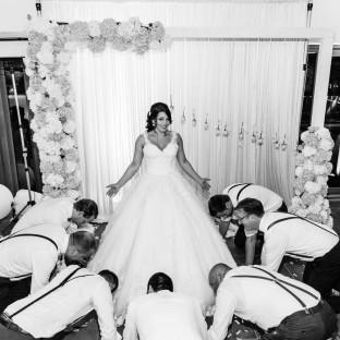 Braut mit Männern