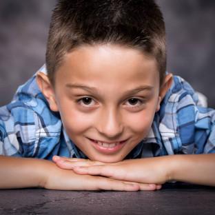 Kinderfoto Junge / Aufnahmeort: Fotostudio