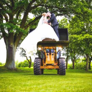 Brautpaar-Shooting mit Radlader